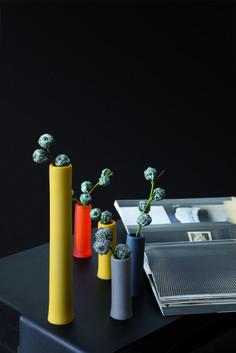 ASSOLO - contenitore utile in bagno come porta matite per gli occhi e nella zona living come portfiori #contenitore #geelli #living #oggettistica