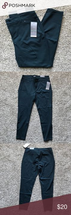 """NWT Maurices  Skinny Ponte Ankle Pant - Pine - XL Beautiful and soft skinny ponte pants. Like skinny jeans meets a thick legging. Pine/evergreen color. 18"""" waist laying flat, 36"""" circumference. 28"""" inseam (ankle length) Maurices Pants Skinny"""