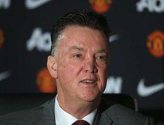 Skuad Manchester United Masih Mencari Gelandang - Pelatih Manchester United masih mengungkapkan keinginannya dalam mencari gelandang tengah.