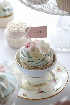 """Adorable """"I Do"""" Cupcakes  in a Teacup found on Flicker"""