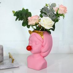 FourlineDesign - Home decor you fall in love with 🖤 Flower Vases, Flower Pots, Beautiful Bouquet Of Flowers, Factory Design, Bubble Gum, Home Decor Items, Beautiful Hands, Decorative Items, Accent Decor
