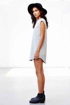 Silence + Noise Gemma Cap-Sleeve T-Shirt Dress - Urban Outfitters