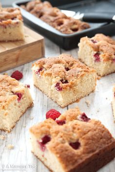 This raspberry and white chocolate traybake is as easy to make as it is delicious. The sponge is soft and fluffy, with bursts of gooey, tangy raspberries, all dotted with sweet, creamy white chocolate chips. Tray Bake Recipes, Brownie Recipes, Baking Recipes, Cake Recipes, Dessert Recipes, Kid Desserts, Flour Recipes, Meal Recipes, Baking Ideas