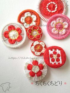 Crochet Buttons, Diy Buttons, Button Art, Button Crafts, Embroidery Patterns, Hand Embroidery, Dorset Buttons, Passementerie, Create And Craft