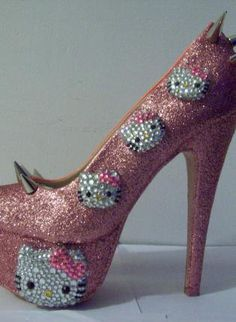 HELLO KITTY HEELS Another pair I would never wear due to I would kill myself falling down in them. Great for halloween.