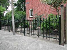 model-beeckestijn-2. Maatwerk sierhekwerk van metaal voor tuin, voortuin en balkon.