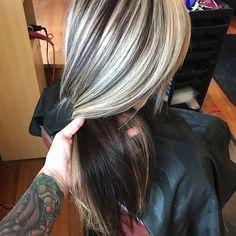 WEBSTA @ hair_bybrandi - #chunkyhighlights #highlights #lowlights #platinumblonde #blondehair #highlightlowlight #modernsalon #behindthechair #fuckinghair