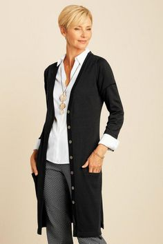Best Fashion Tips For Women Over 60 - Fashion Trends Fashion For Women Over 40, 50 Fashion, Fashion Outfits, Fall Fashion, Clothes For Women Over 50, Fashion Trends, Fashion Boots, Fashion Women, Fashion Ideas