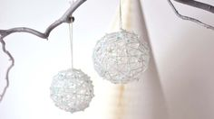 Christmas decoration idea : How to make a handmade glitter beaded bauble with leftover string & beads. Christmas Tree Design, Diy Christmas Cards, Christmas Makes, Christmas Baubles, Handmade Christmas, Christmas Time, Christmas Crafts, Christmas Decorations, Christmas 2016