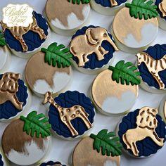 Safari themed chocolate covered Oreos for an adventurous baby shower 🦒🐘🐆🦓 Safari Baby Shower Cake, Baby Shower Cakes For Boys, Boy Baby Shower Themes, Baby Boy Shower, Jungle Theme Baby Shower, Baby Showers, Safari Theme Birthday, Safari Party, Woodland Party