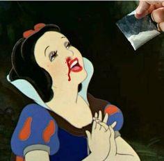 Princess Fairytale, Disney Princess, Dark Disney, Twisted Disney, Arte Pop, Disney Addict, Sad Girl, Reaction Pictures, Disney Inspired