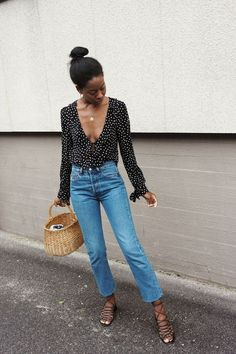 Pattern blouse and high rise jeans