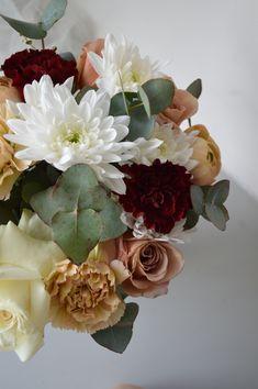 Floral Wreath, Bouquet, Wreaths, Home Decor, Floral Crown, Decoration Home, Door Wreaths, Room Decor, Bouquet Of Flowers