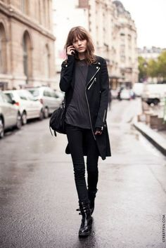 Freja Beha Erichsen off duty model street style Models Off Duty, Mode Style, Style Me, Edgy Style, Badass Style, Black Style, Grunge Style, Freja Beha Erichsen, Winter Stil