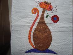 Colcha Patchword gato 3 Cat Applique, Applique Patterns, Fabric Patterns, Cat Quilt, Quilt Stitching, Cat Pattern, Quilting Designs, Baby Quilts, Quilt Blocks
