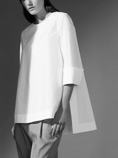 White Shirts For Women - Fazhion - Mode Heuteweb Minimal Fashion, White Fashion, Look Fashion, Fashion Details, Fashion Outfits, Womens Fashion, Fashion Design, Woman Outfits, Ladies Fashion