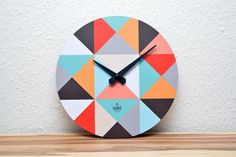 Uhren - Handgemachte Design-Wanduhr Triangel - ein Designerstück von farbflut bei DaWanda