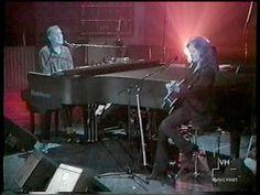 Bruce Hornsby - Bonnie Raitt - Pat Metheny - The Tide Will Rise, New York 1995 - YouTube