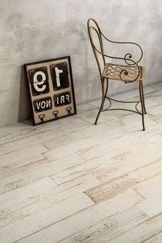 imitation parquet floor tiles, bleached wood design Source by kathaclysme Wood Parquet, Parquet Flooring, Wooden Flooring, Bleached Wood, Wood Design, Tile Floor, Place Card Holders, Photos, Loft