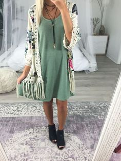 Outfit of the day ootd outfits bohemian dresses мода, Boho Work Outfit, Boho Outfits, Fall Outfits, Dress Outfits, Casual Outfits, Cute Outfits, Fashion Outfits, Bohemian Dresses, Tshirt Dress Outfit