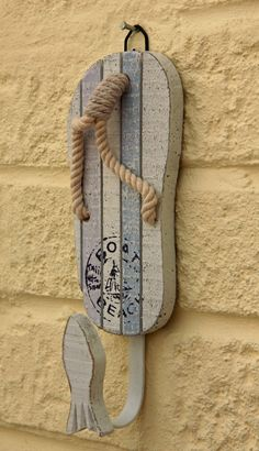 wood and rope flip flops | Flip Flop /Sandal Style Bathroom Hook