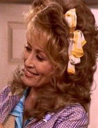 Dolly Parton as Truvy in Steel Magnolias Dolly Parton Movies, Dolly Parton Pictures, Lead Lady, Steel Magnolias, Star Cast, Film Music Books, Hello Dolly, Southern Belle, Great Movies