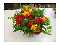 Arreglo para boda con tulipanes   Centro de mesa para boda