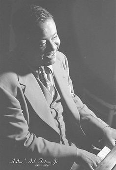 Art Tatum, nearly blind, was one of the greatest improvisers in jazz history know for his technical dexterity (www.npr.org).