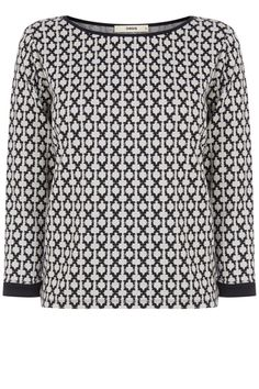 For the girl that prefers her print a little more subtle-check this out! With 3/4 length sleeves and a slightly scooped neckline it's the ideal sweat for a girls day out.
