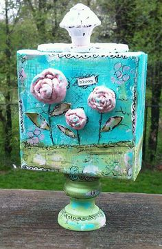 Fun air dry clay flower canvas (Christine Armstrong)