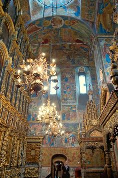 Original 17th-century chandeliers of Western-European globe form, St. Elijah, Yaroslavl