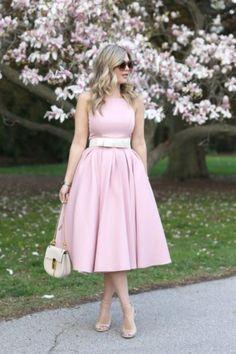 сумка сандалии платье розового цвета весна-лето модный стиль