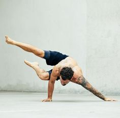 Yoga poses offer numerous benefits to anyone who performs them. There are basic yoga poses and more advanced yoga poses. Here are four advanced yoga poses to get you moving. Yoga Fitness, Fitness Man, Physical Fitness, Fitness Routines, Workout Routines, Fitness Life, Ashtanga Yoga, Yoga Vinyasa, Yoga Flow