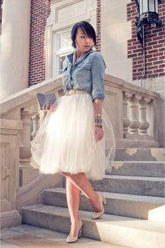 Denim shirt & tulle skirt- I can't imagine how goofy i'd look in this, but I can't help felling envious of the little girls I see in tulle poof skirts!