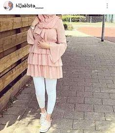 Hijab Outfit, Hijab Style Dress, Modest Fashion Hijab, Modern Hijab Fashion, Muslim Fashion, Casual Day Outfits, Mode Outfits, Fashion Outfits, Hijab Mode Inspiration