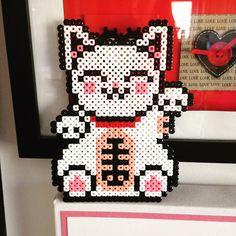 Maneki-neko hama perler beads by thecuriousneedle
