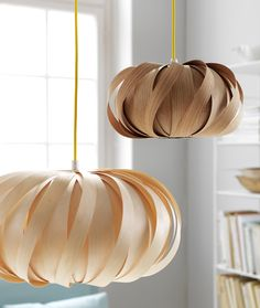 Ceiling pendants in wood veneer. Design: Casper Madsen for Flacodesign.