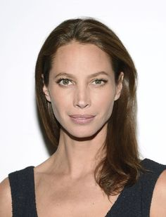 Christy Turlington Burns e gli integratori top  http://www.thebeautypost.it/9126-christy-turlington-burns/  #beautymuse #christyturlingtonburns #beautyfood