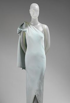 Vintage Balenciaga - sculpture in fabric. #FashionFriday