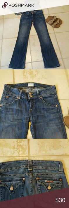"""Hudson Jeans Bootcut Authentic 27 Hudson Jeans, Authentic, Size 27. """"Signature Petite Bootcut"""". 8 inch rise,  31.75 inch inseam, 16 inch leg bottom opening.  64% tencel, 34% cotton, 2% elastane.  Good condition.  A wardrobe must. Hudson Jeans Jeans Boot Cut"""