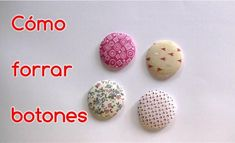 Forrar botones con telas es muy sencillo, limpio, rápido y económico gracias a los kits para forrar botones. Descubre aquí cómo forrar botones con tela.