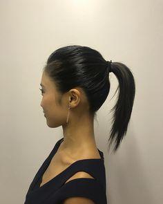 本日のこじるりhair。大人っぽい衣装に合わせて、超スッキリなストレートポニーテール。意外にも初挑戦! 後れ毛なしでカッコよくしてみました✔️綺麗すぎるシルエット・・・✨✨✨✨✨✨✨ㅤㅤㅤㅤㅤㅤㅤㅤㅤㅤㅤㅤㅤ  ㅤㅤㅤㅤㅤㅤㅤㅤㅤㅤㅤㅤ ㅤㅤㅤㅤㅤㅤㅤㅤㅤㅤㅤㅤㅤ #小島瑠璃子 #こじるり #ヘアメイク#ストレート#ポニーテール#横顔美人#hair #アイメイク#hairandmakeup  #cool #beauty  ㅤㅤㅤㅤㅤㅤㅤㅤㅤㅤㅤㅤㅤ