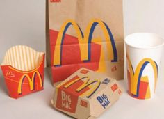 nostalgia I remember these - those were the good old days. Miss the simplicity of the old Big Mac boxes. And also, i remember when fish sandwiches at McDonalds were wrapped in blue paper and not put in a box. 90s Childhood, My Childhood Memories, Mcdonalds, Strategic Brand Management, Mc Do, Web Design, 90s Nostalgia, Ol Days, 90s Kids