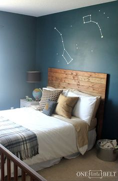 Paint some constellations on the walls of your kid's room