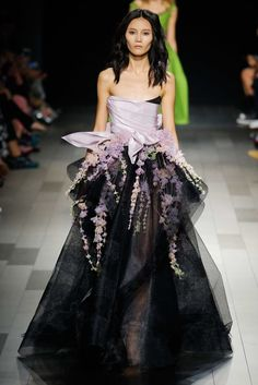 Marchesa Spring 2018 Ready-to-Wear  Fashion Show Collection