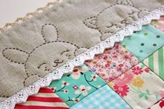 super cute! It's a doll quilt but could be super cute incorporated into a larger quilt.