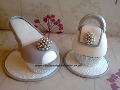 Silver Cupcake Shoe & Bag...I want to make them all