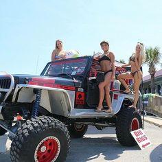 #bigrigs #jeepporn #jeepsexy #dirtyjeep