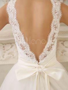 simple pero bello #vestidodenovia con #lazo