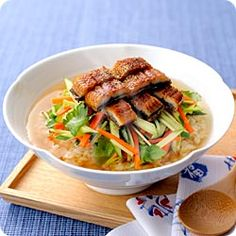 Maggi うなぎと彩りサラダの和風ベジ茶漬け(ネスレ日本 マギー)